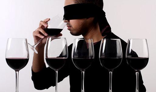 葡萄酒游戏 - 盲品