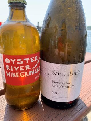 侍酒大师与母亲踏上龙虾与美酒之旅,寻梦少年时代的浪漫和希望