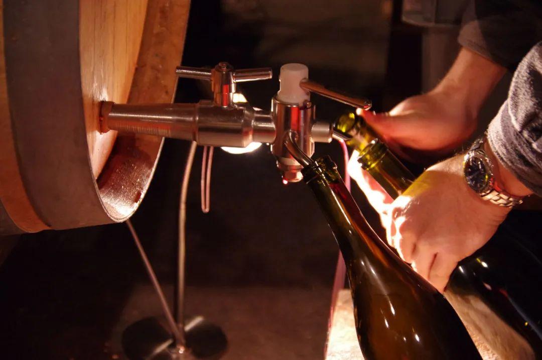 Echezeaux价格直逼康帝,Bizot酒庄是如何做到的?