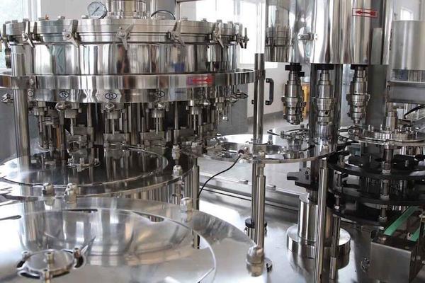 国内罐装技术其实蛮成熟的,实际上,如今很多国外酒庄的灌装设备还是江苏生产的