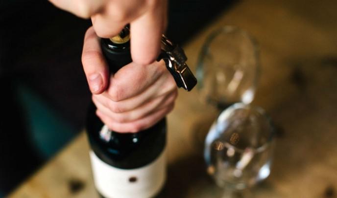 140710_cs_where-to-buy-wine-700x420