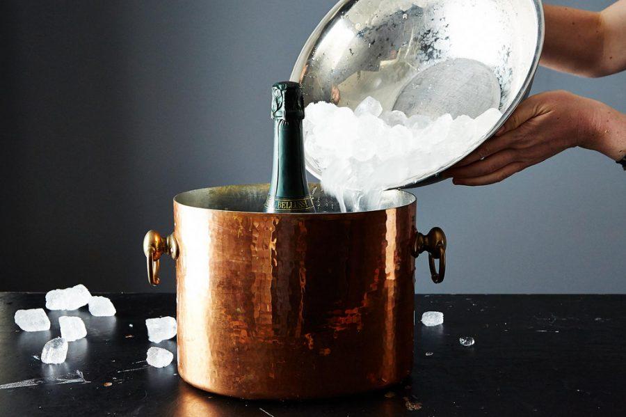 提前准备的话,用冰桶做快速冰冻足够了