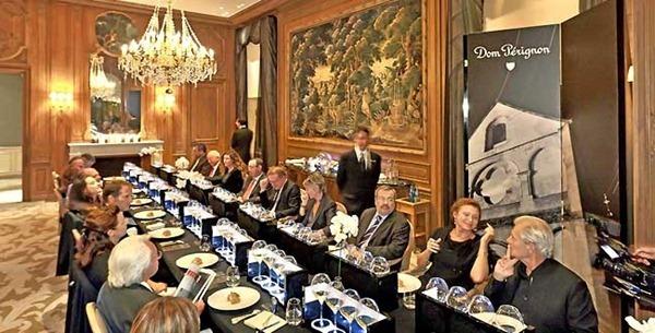 在兰斯城的名店Les Crayères举行的唐培里侬1996年份香槟(Dom Pérignon 1996)试酒会