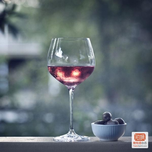 """""""秀色可餐""""这句话用在葡萄酒上倒真是贴切,图片来源{JO}"""