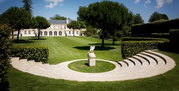 格拉夫的翠鸣酒庄Château Chantegrive