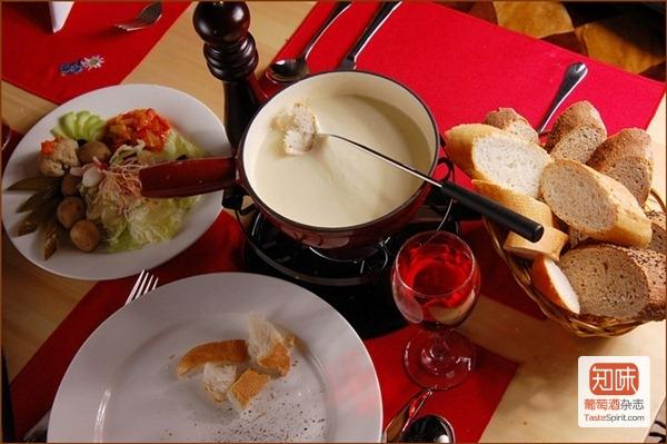 美味的奶酪火锅