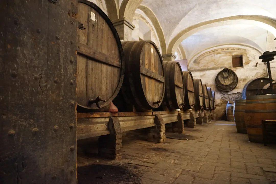 林裕森专栏|一瓶难求的普里奥拉托老酒,熟成风味中竟透着惊人的清新!