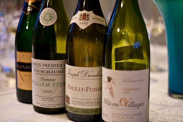 来自不同产区的由霞多丽(Chardonnay)品种酿造的葡萄酒, 图片来源:Culinary Fool