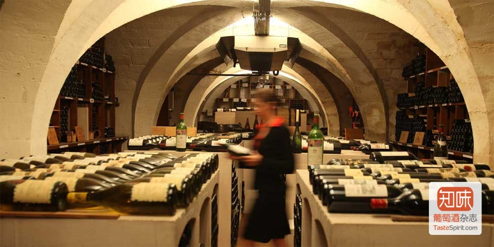 将举行爱丽舍宫葡萄酒拍卖的Drouot公馆
