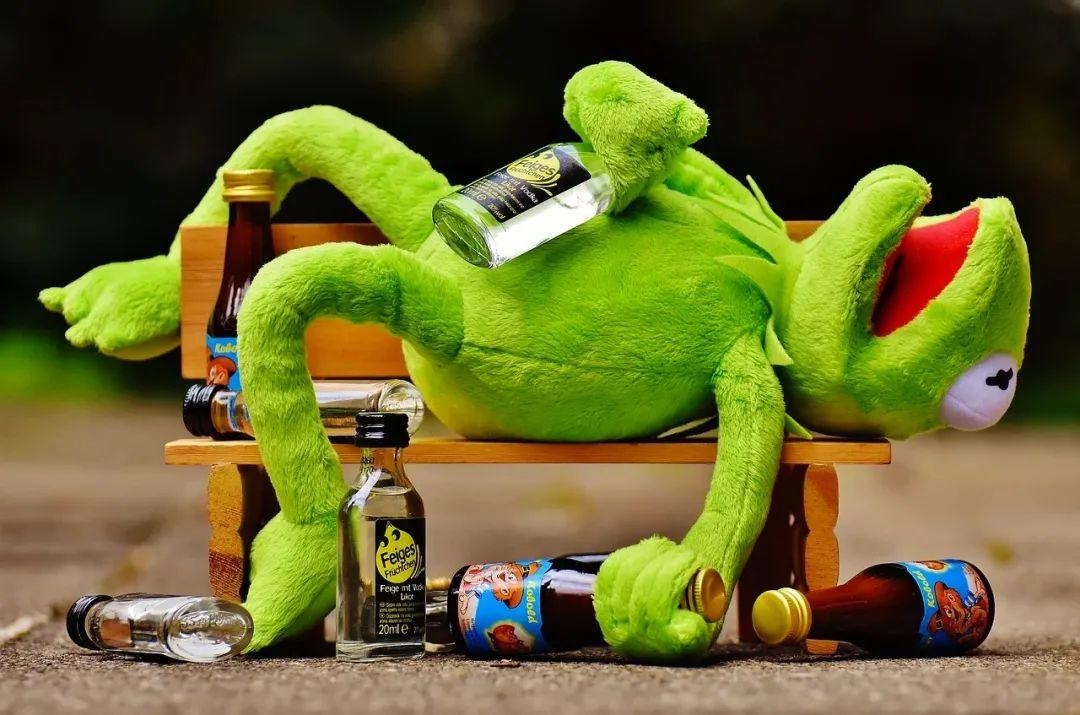 好酒量可以练出来吗?有关喝酒与健康的小知识,看这篇就够了