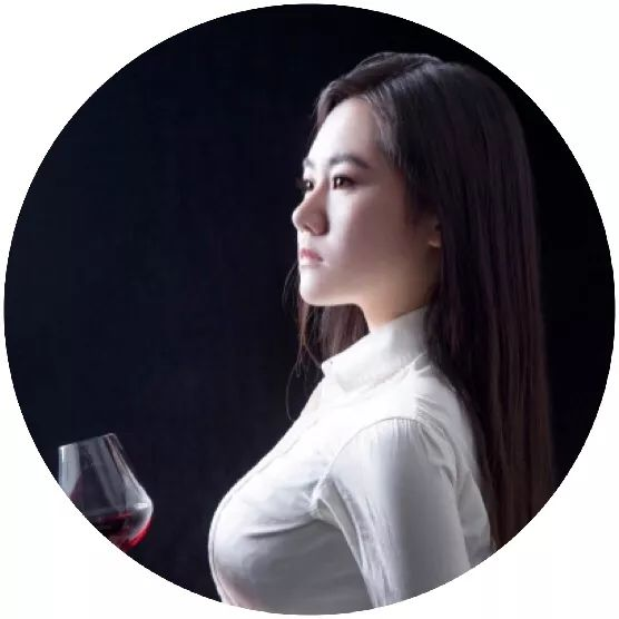 五大名庄携滴金齐聚,跨越近百年波尔多稀有老酒奢华北京晚宴