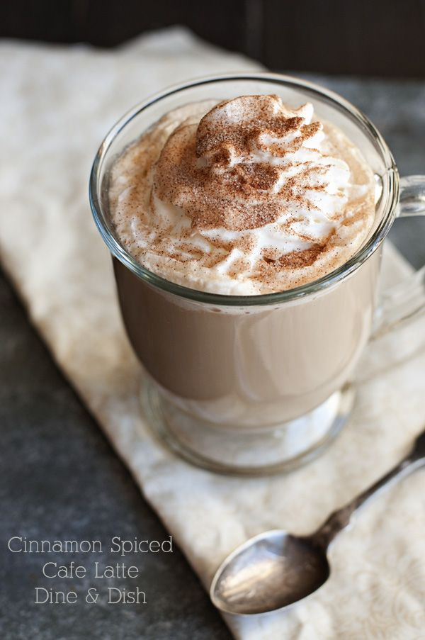 加了肉桂粉的拿铁咖啡,图片来源:Classic Roast