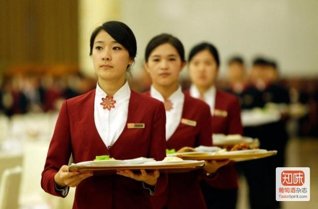 人民大会堂宴会厅的服务人员