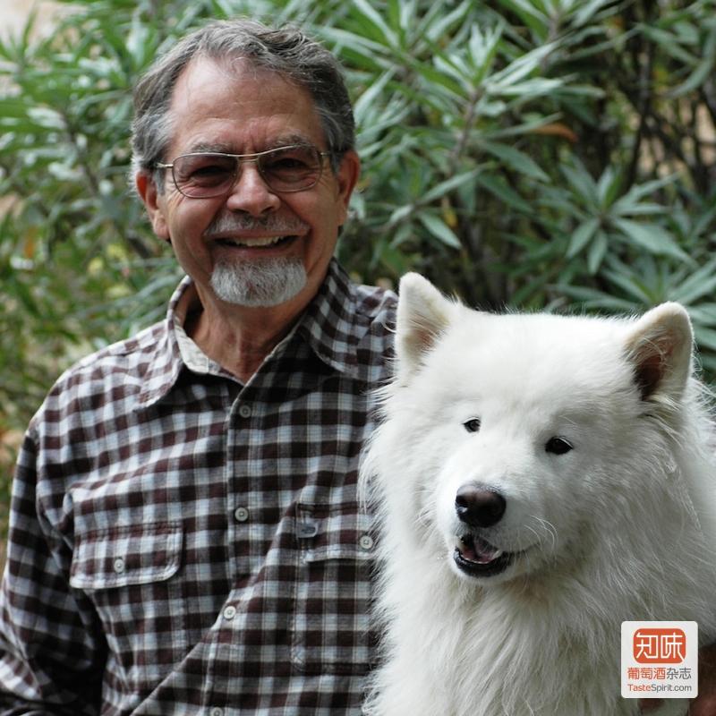 Paul Draper与爱犬Bodhi,图片来源:Ridge Blog