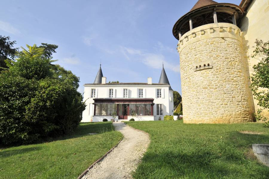 布尔奇评价2012年非常不错的cuvée Carl来自酒庄Châteaux Séguin,来源:centurion-magazine