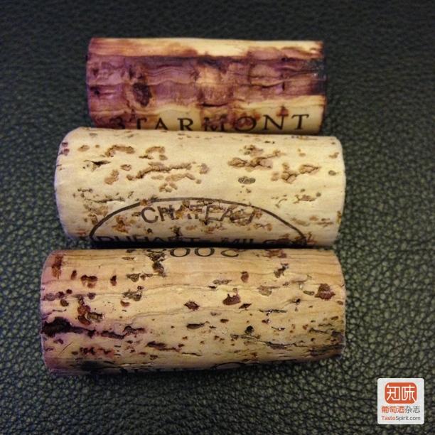 便宜酒,也可能用原木软木塞,但会是比较劣质的软木塞,这种塞儿的价值才几毛钱,论麻袋买。
