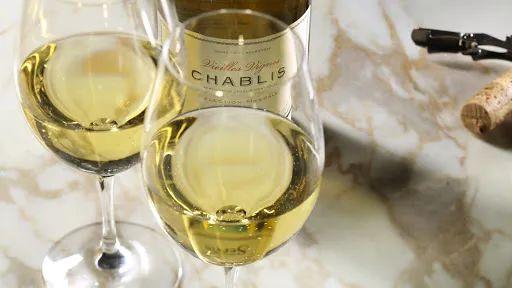夏天来了,都有哪些葡萄酒清爽又好喝?
