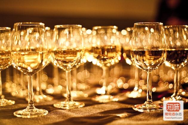 酒评家达加塔:多西戴恩酒庄入选2009年份苏玳大师之选