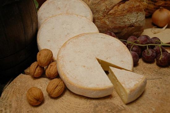 典型的水洗软质奶酪
