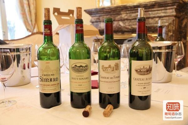 欧颂酒庄(Château Ausone)出品的6款红葡萄酒中的4款