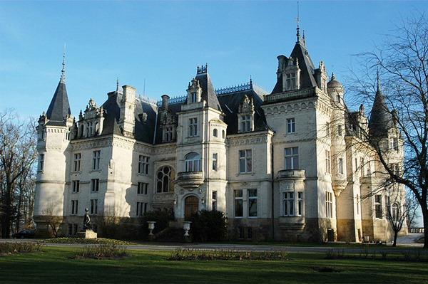 上梅铎克的中级酒庄克雷蒙-碧尚庄园Chateau Clement-Pichon