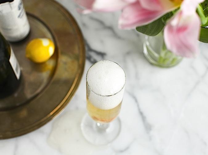 拉菲与香槟,美酒驻得了红颜,挽不回倾颓江山