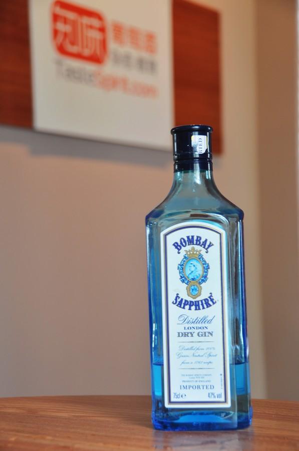 高品质杜松子酒(Gin)的代表孟买蓝宝石(Bombay Sapphire)