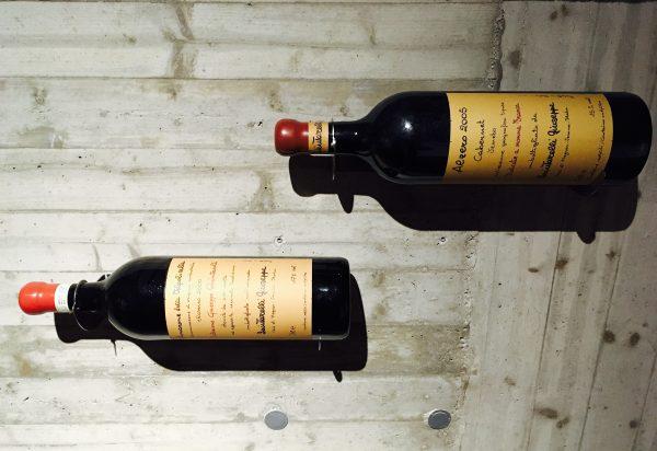 Amarone Seleczione 2000和Alzero 2005 Seleczione,左边的Amarone正是大Q本人酿酒生涯中最满意一桶的单独装瓶,类似于Whisky的Single Cask;而右边的Alzero则是Giuseppe的贤妻最为满意的一桶单独装瓶。