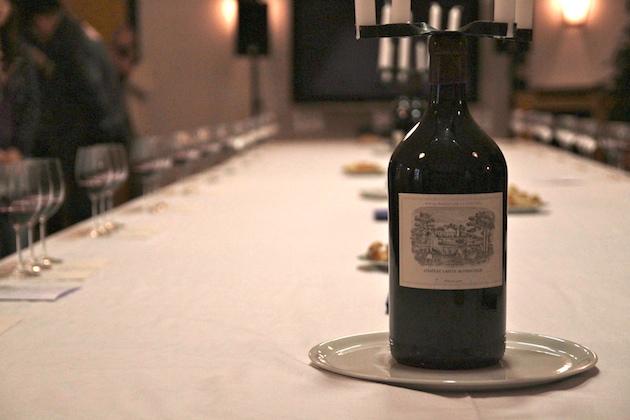 在酒庄进行期酒品鉴,图片来源:凌子 知味葡萄酒杂志