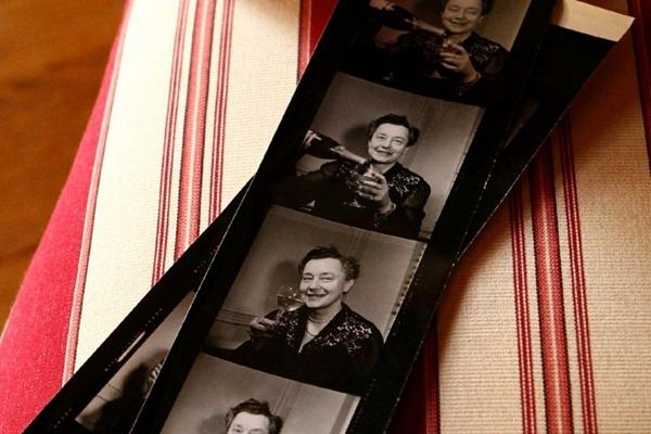 莉莉·堡林爵夫人(Lily Bollinger)的几张剪影,来源:Bollinger