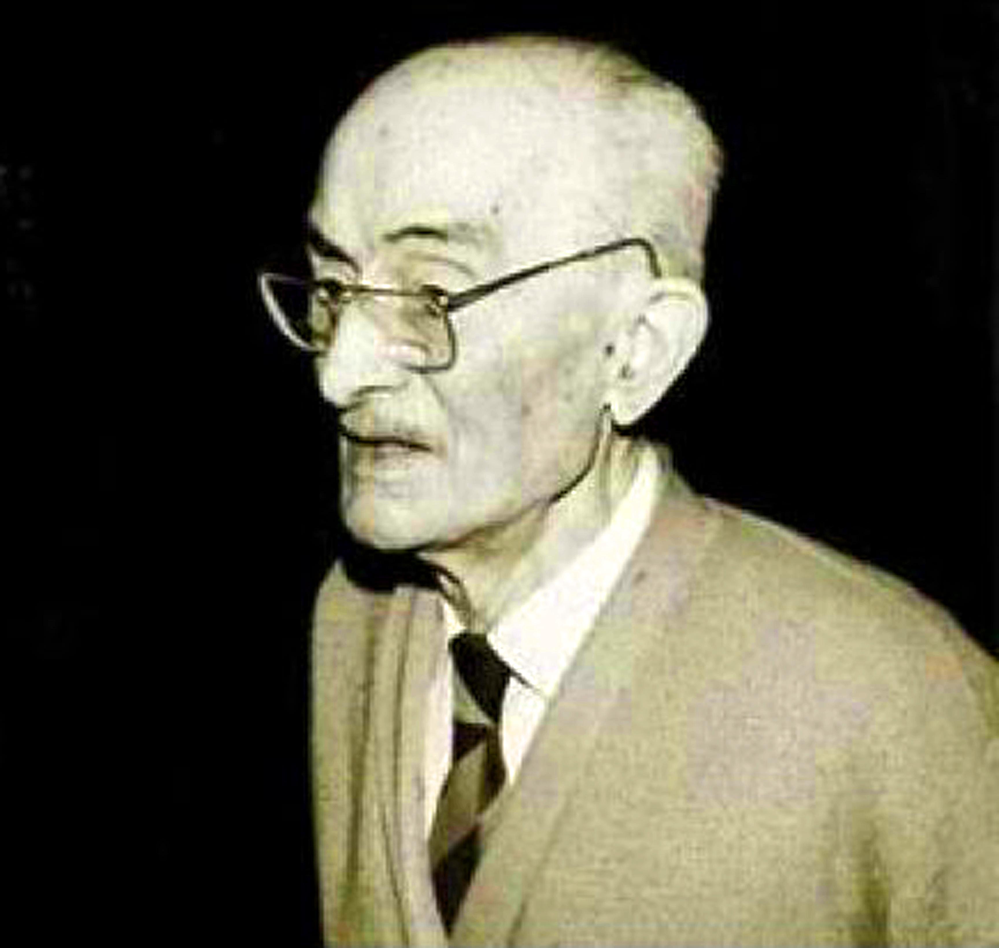 老老庄主Louis Reynaud