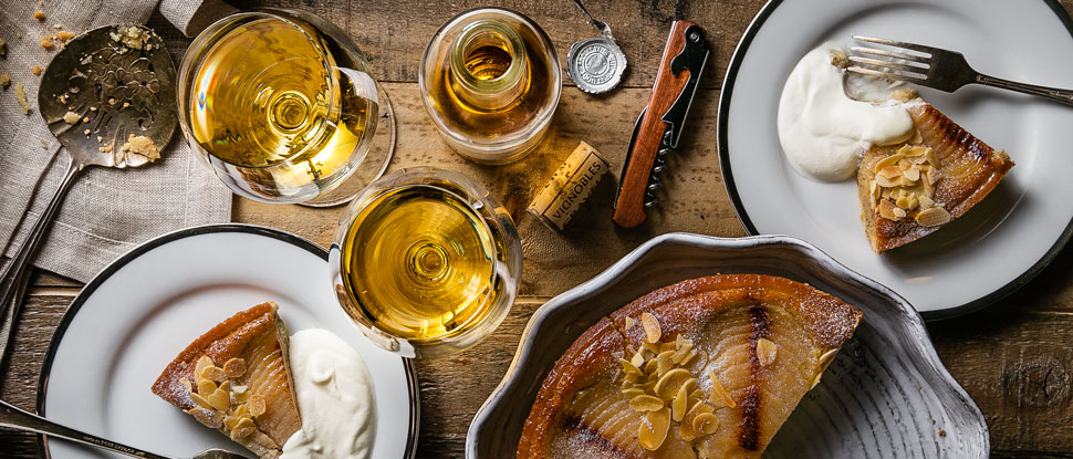 web-article-dessert-wine-pairings-sauternes-tokaji-vin-santo-moscato-bracchetto-wine-and-food-guide