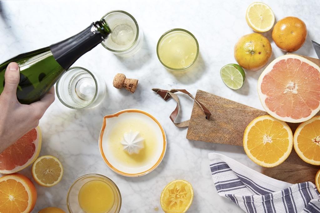 给你们推荐这么赞的甜酒和香槟,我们都要佩服自己了