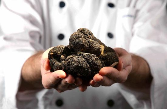 black-truffle