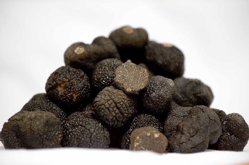 普罗旺斯产的黑松露,图片来源:BBC