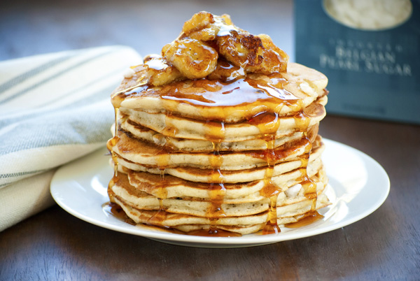 caramalized-banana-and-pearl-sugar-pancakes1