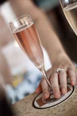 玫瑰香槟,一颗璀燦的宝石