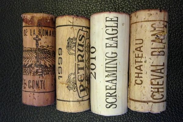 罗曼尼康帝、帕图斯、啸鹰、白马的酒塞,图片来源:康帝老师