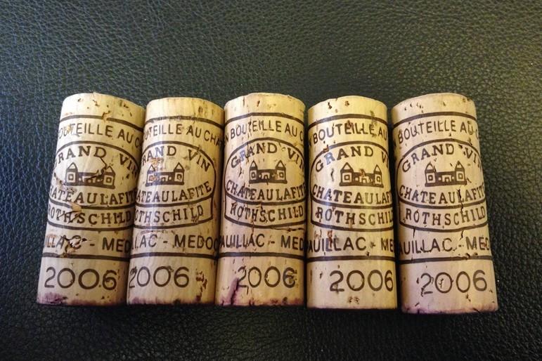 2006年份的拉菲酒塞
