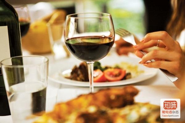 如何在高级餐厅点酒?(收藏版) - 知味葡萄酒杂志