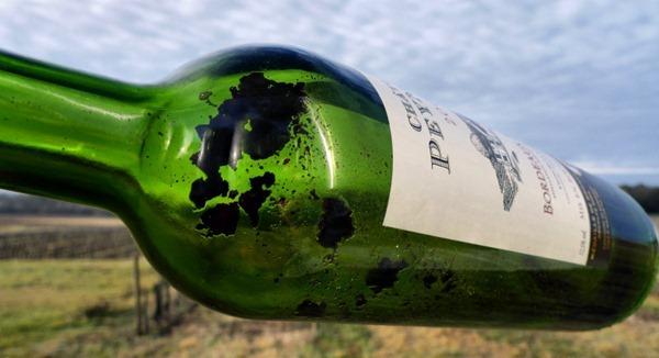 陈年红酒中的自然沉淀