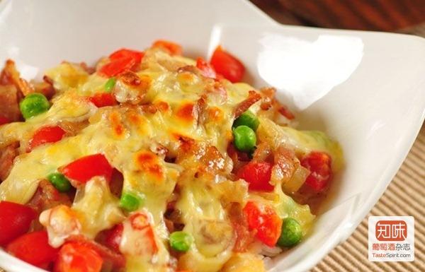 知味食谱:山羊奶酪焗饭