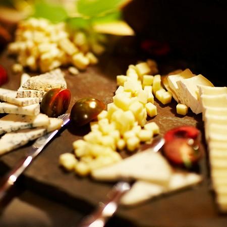用来制作拌沙拉和小食的奶酪