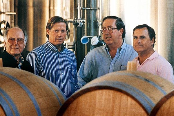 蒙特斯酒厂(Montes)的四位创始人(左起)Pedro Grand,Aurelio Montes, Douglas Murray和Alfredo Vidaurre,来源:Montes