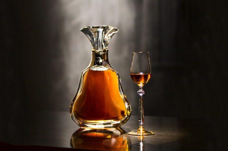 俄国人的名字_最熟悉的陌生酒,轩尼诗全系列详解 - 知味葡萄酒杂志