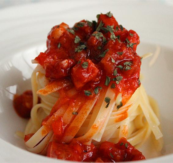 番茄香肠意面酱,图片来源:巴巴