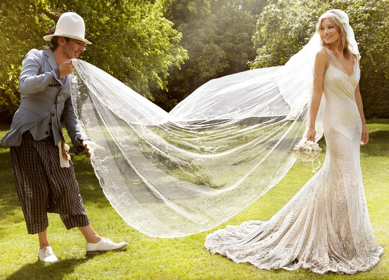 凯特·摩丝的婚纱美极了