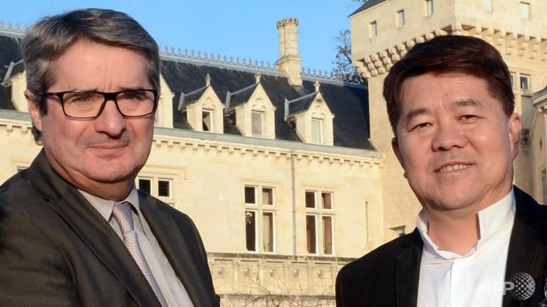 刚刚对大河酒庄(Château de la Rivière)完成收购的云南柏联集团总裁郝琳,来源: AFP