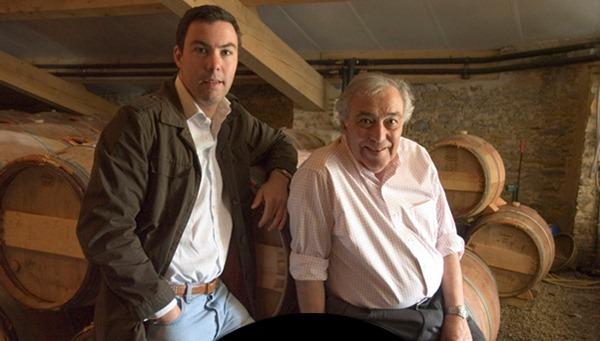 让-米歇尔·迦思(Jean-Michel Cazes)和他的儿子让-查尔斯·迦思(Jean-Charles Cazes),图片来源:Domaines JM Cazes