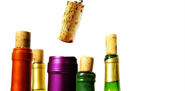 media-6777-open-wine-bottles-cache-620x305-crop